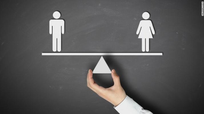 150811185250-man-woman-scale-780x439
